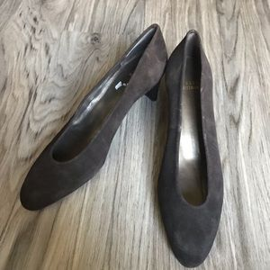 "Stuart Weizmann suede leather 2"" Heels pumps work"